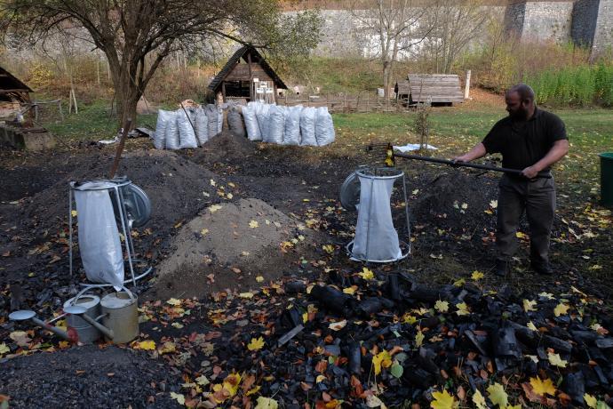Pytlování uhlí