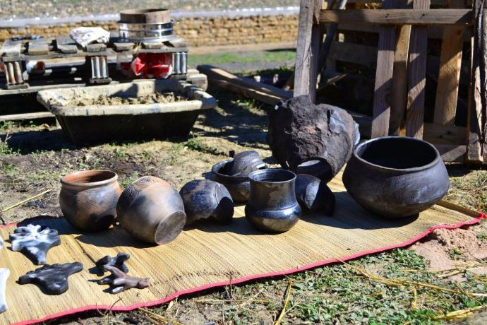 Redukčně pálená keramika