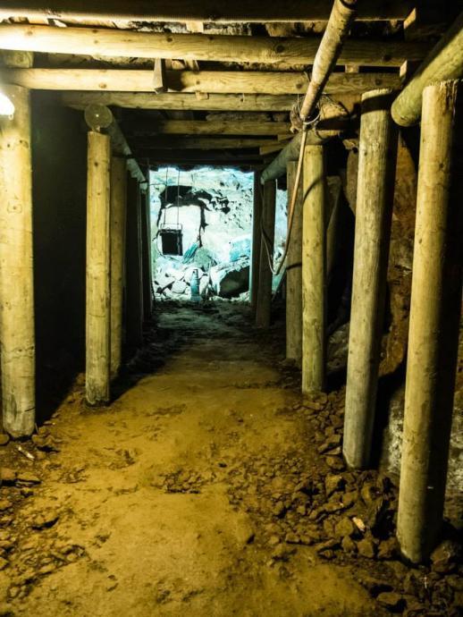 Důlní chodba